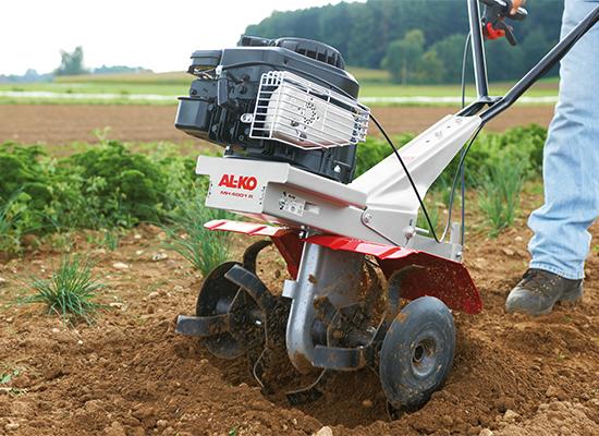 Motor hoeing | AL-KO hoeing knife for fine crumbly soil